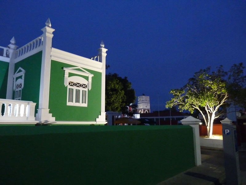 Eloy Arends House (City Hall) at night