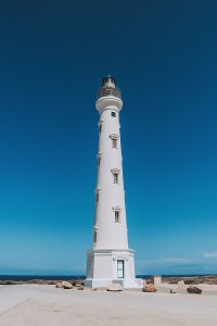 800px-California_Lighthouse_by_Day